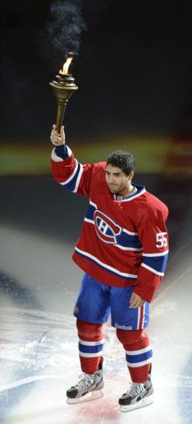 Pour Francis Bouillon, il s'agissait d'un premier match dans l'uniforme du Canadien depuis la saison 2008-2009. (PHOTO BERNARD BRAULT, LA PRESSE)