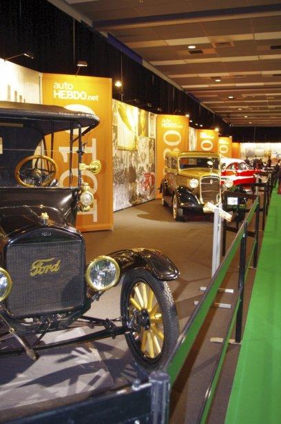 Dans l'Avenue du Centenaire, les visiteurs peuvent voir 10 véhicules qui représentent autant de décennies. | 20 janvier 2013