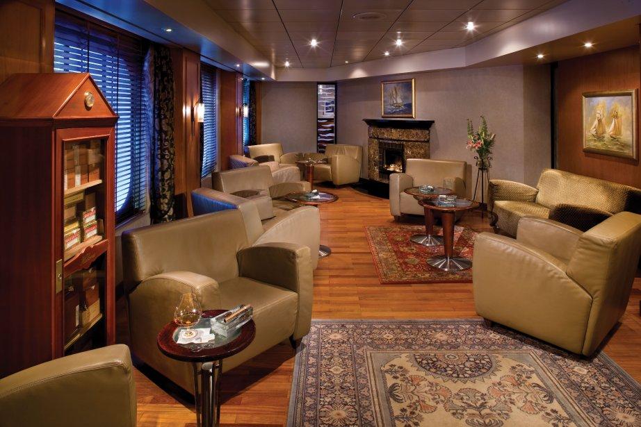Connoisseur Club du Regent Seven Seas Cruises, de grandes suites et des salons privés ont été installés sur le paquebot. | 21 janvier 2013