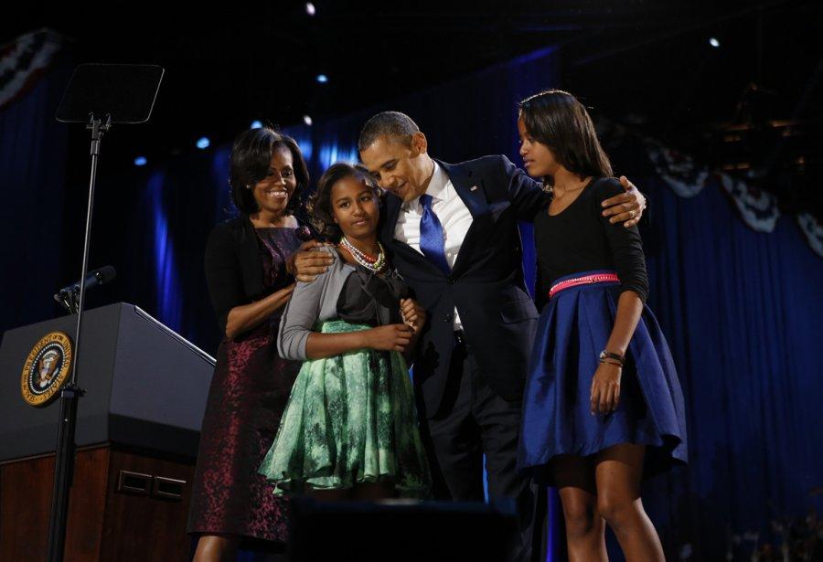 Le président américain Barack Obama célèbre sa ré-élection en compagnie de sa famille à Chicago, le 7 novembre 201 | 21 janvier 2013