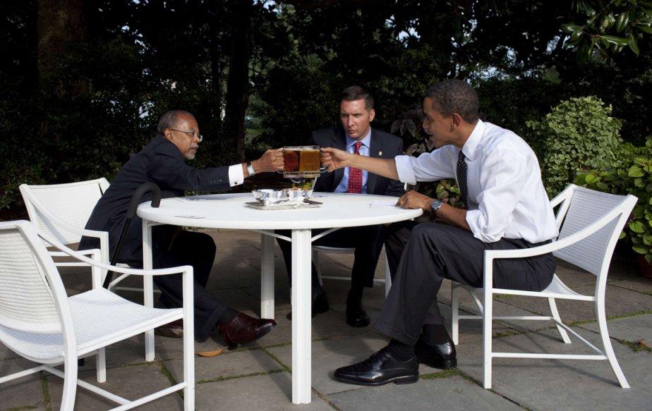 Rencontre avec le professeur Henry Louis Gates Jr et le sergent James Crowley dans les jardins de la Maison-Blanche. | 21 janvier 2013