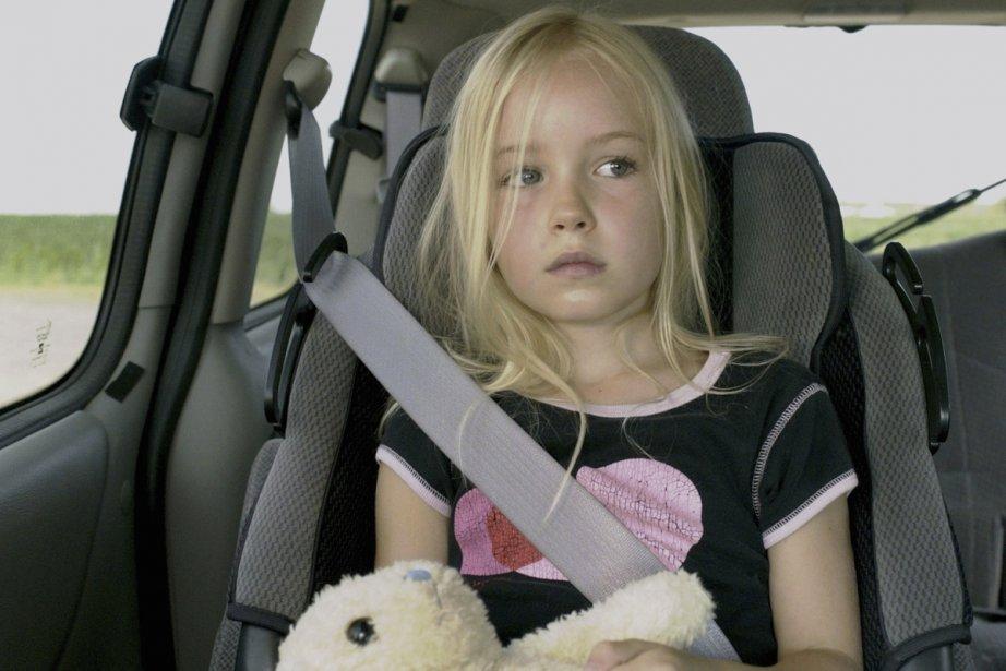 Émilie Bierre interprète Cathy, une fillette de 6... (Photo: fournie par Axia Films)