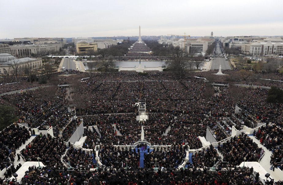 Plusieurs milliers de personnes se sont réunies le 21 janvier devant le Capitole pour assister au discours du 57e président des États-Unis, Barack Obama. | 22 janvier 2013