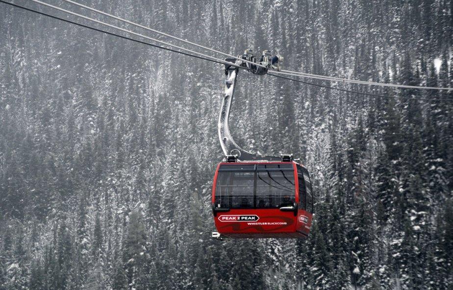 Vue du Peak 2 Peak. Le parc provincial Garibaldi est en bas. | 23 janvier 2013