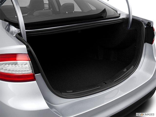 Ford - Fusion 2013: de classe mondiale - Berline 4 portes SE traction intégrale - Coffre (Evox)