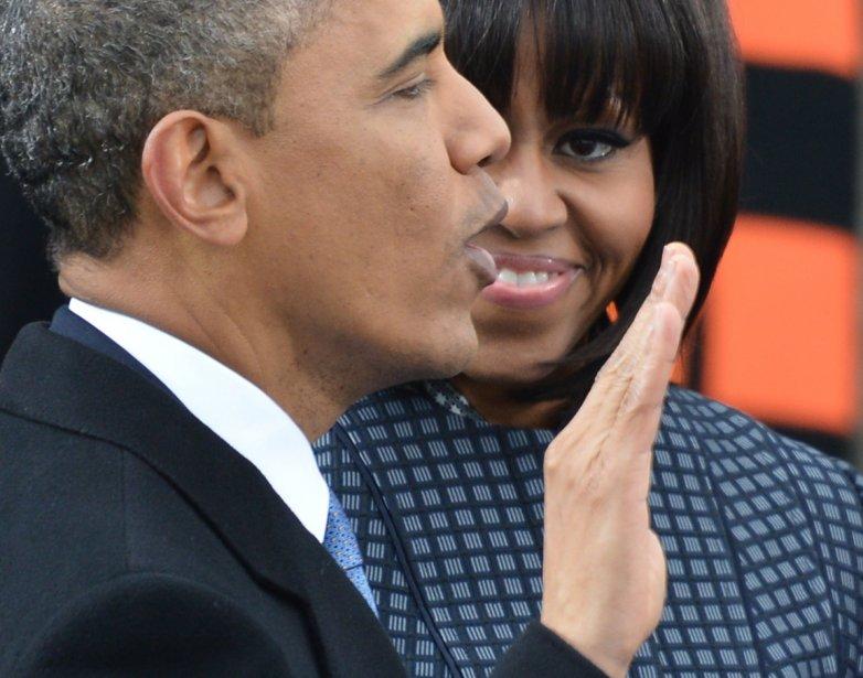 Barack Obama prête serment sous les yeux de son épouse. | 24 janvier 2013