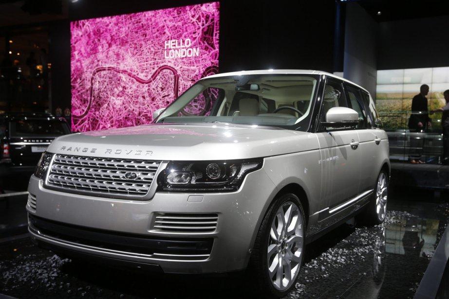 Jaguar-Land Rover : Jaguar et Land Rover n'ont pas fait le déplacement à Montréal pour rien. On ne les avait pas mentionnées jusqu'ici, mais les modèles XJ et XF (premières canadiennes) valent le détour. Chez Rover, le Range Rover 2013 et le Land Rover LR2 2013 trouveront preneur. Autant de modèles en voie d'être sur le marché - si ce n'est déjà fait. | 24 janvier 2013