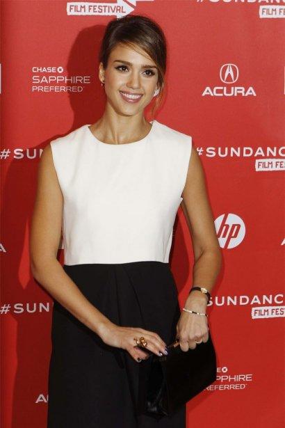 Jessica Alba à la première du film A.C.O.D. | 24 janvier 2013