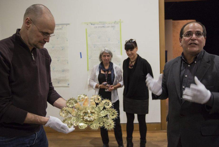 Victor Pimentel (archéologue, commissaire exposition et conservateur art pré-colombien, à... | 2013-01-24 00:00:00.000