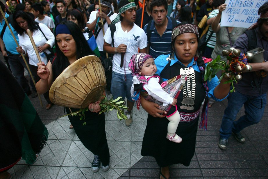 Une femme à Santiago, au Chili. | 25 janvier 2013