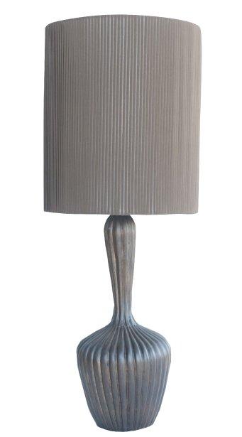 Lampe en bois de manguier, 222$ chez Balivernes, 1595, boul. Hamel, Québec, 418527-1515 | 27 janvier 2013