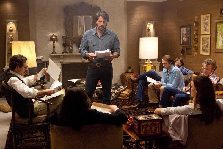 Ben Affleck dans une scène de Argo.... (Warner Bros.)