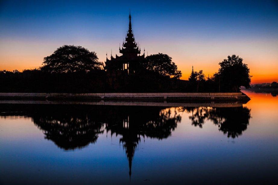 Le palais de Mandalay... | 2013-01-28 00:00:00.000