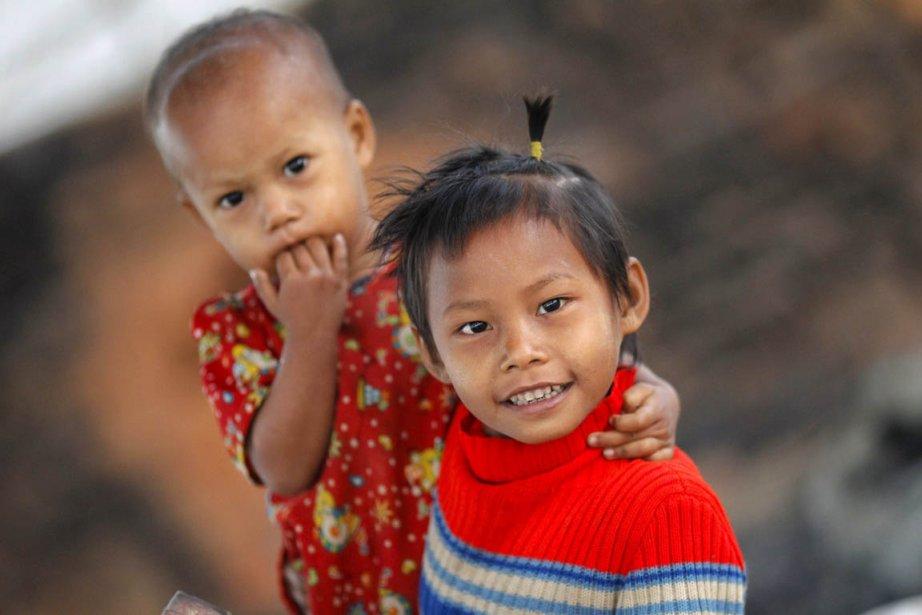 Des jeunes résidents du village de Hlawga | 28 janvier 2013