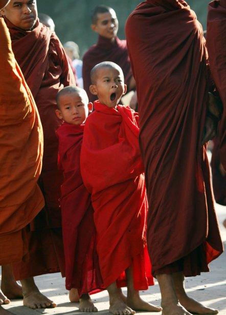 Un jeune moine bouddhiste à Bagan. | 28 janvier 2013