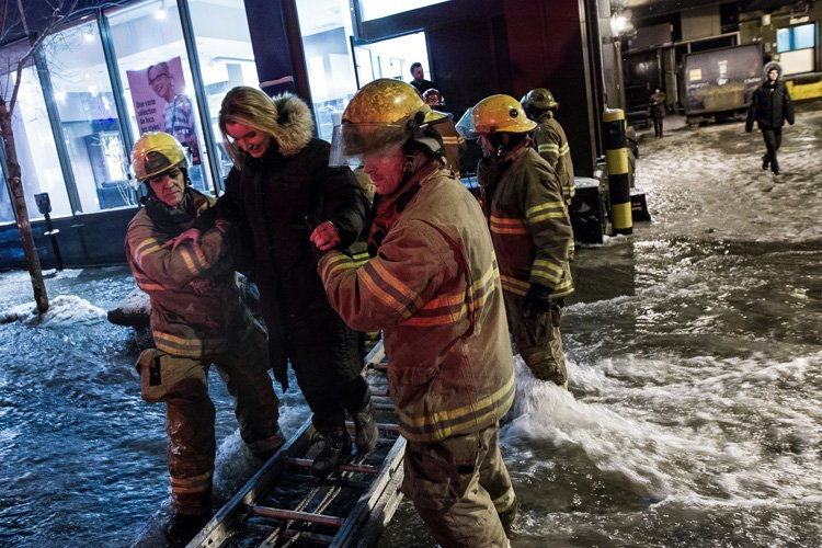 La rupture d'une canalisation qui a complètement paralysé le centre-ville de...
