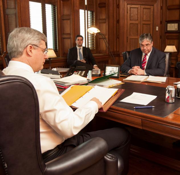 Séance d'information avec le leader à la Chambre, le ministre Van Loan. | 29 janvier 2013