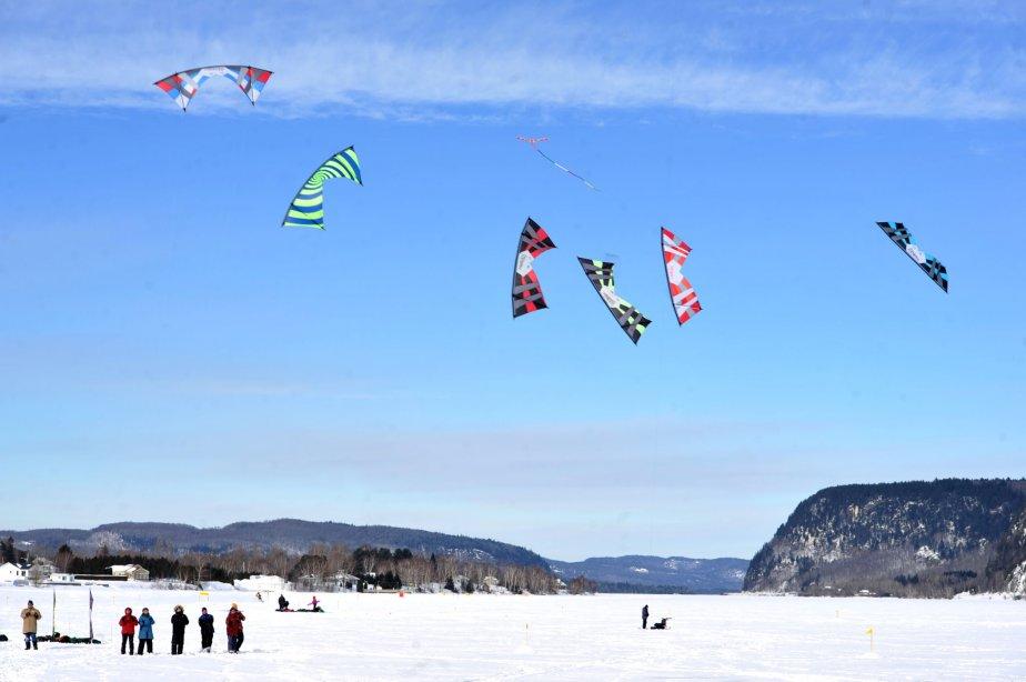 Les conditions de vol pour les cerfs-volants étaient parfaites au Festi-volant à Grandes-Piles. | 29 janvier 2013