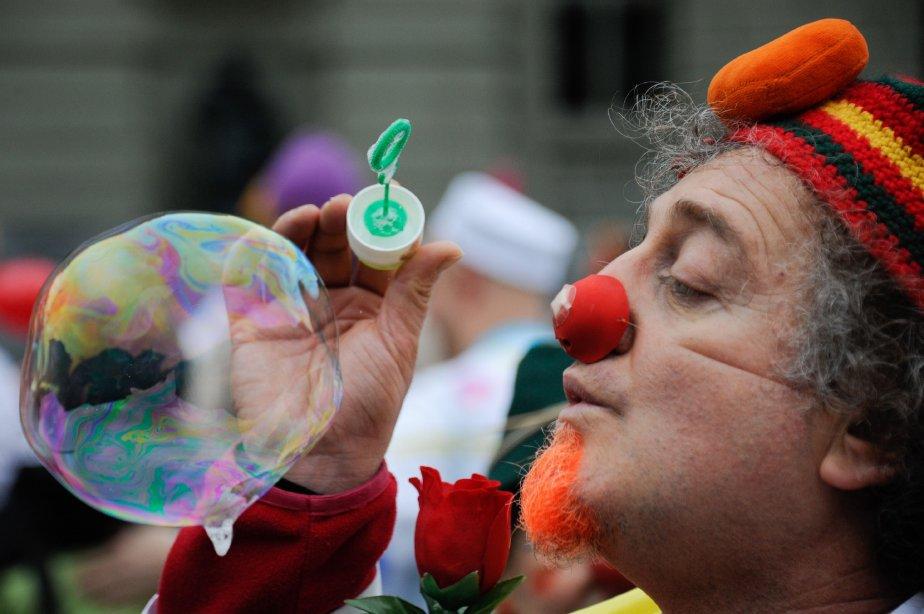 Quelque 2OO «Dr Clown» de la fondation Theodora sont venus deu monde entier pour assister à une semaine de formation à Rolle, en Suisse. La fondation Theodora, créée en 1993, a pour but de soulager les souffrances des enfants hospitalisés en leur assurant la visite régulière des Drs Clown. | 30 janvier 2013