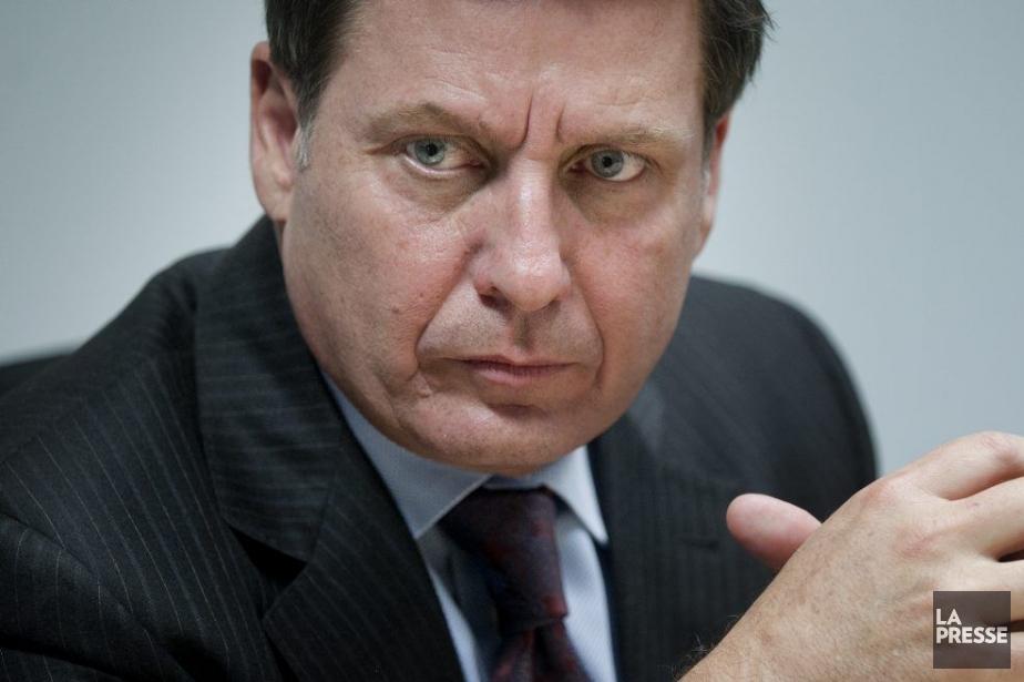 Les responsabilités données à Alexandre Cloutiersont contradictoires, accusent... (Photo Marco Campanozzi, La Presse)