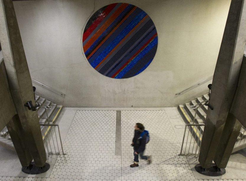 Station Peel : les cercles composés de carreaux de céramique sont des créations de Jean-Paul Mousseau. | 31 janvier 2013