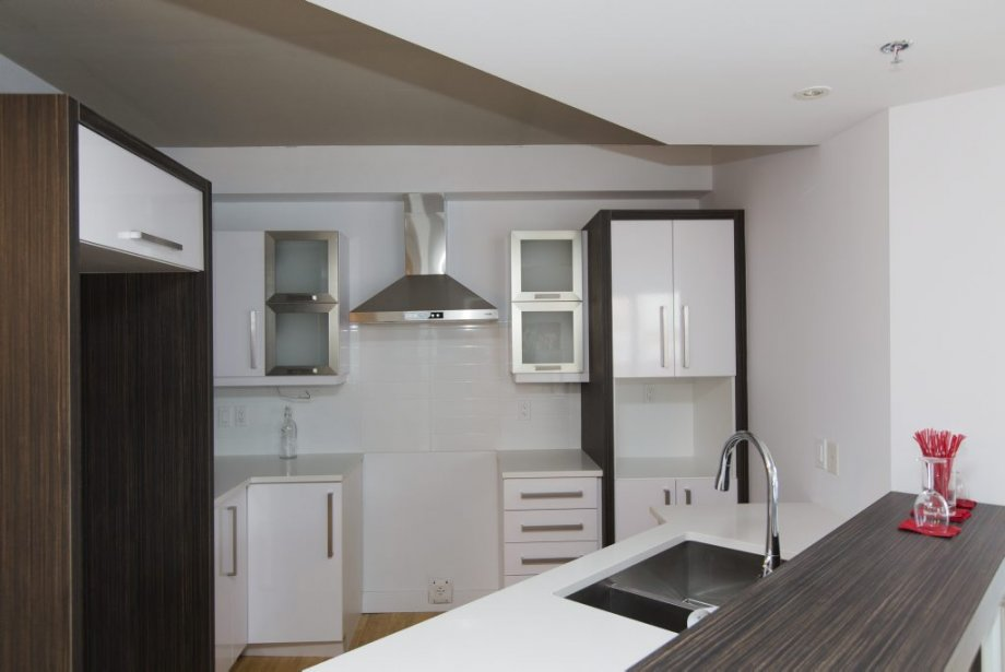 On peut difficilement voir que les appartements sont construits de façon à obtenir la certification écologique LEED. Les copropriétaires apprécieront toutefois le soin apporté à l'isolation et à la ventilation, pour une efficacité énergétique de 32% supérieure à la norme fixée par le Code national de l'énergie pour les bâtiments. | 31 janvier 2013