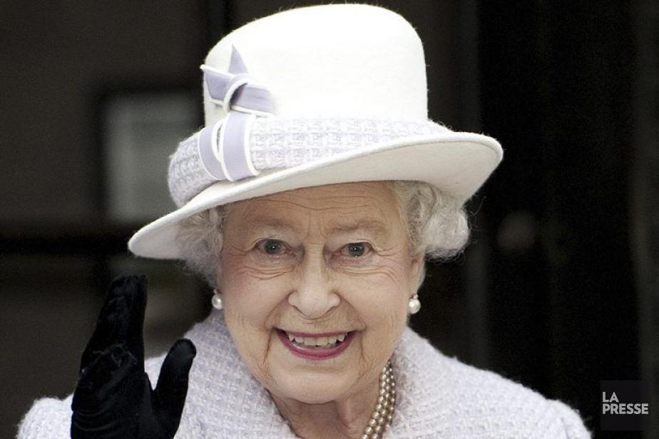 La reine Elizabeth II... (Photo: AFP)