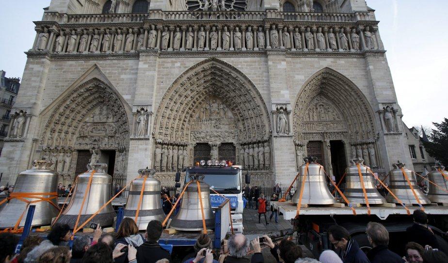 Neuf gigantesques cloches de bronze sont arrivées le 31 janvier... | 2013-01-31 00:00:00.000