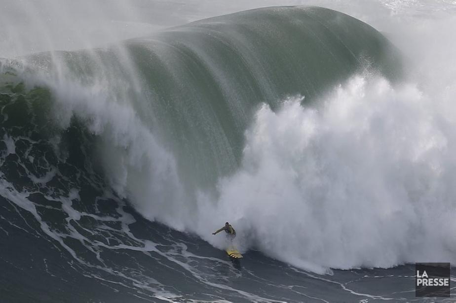 Le surfer Garrett McNamara. | 31 janvier 2013