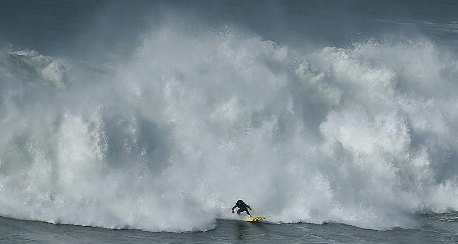 Le surfer Kealii Mamala. | 31 janvier 2013