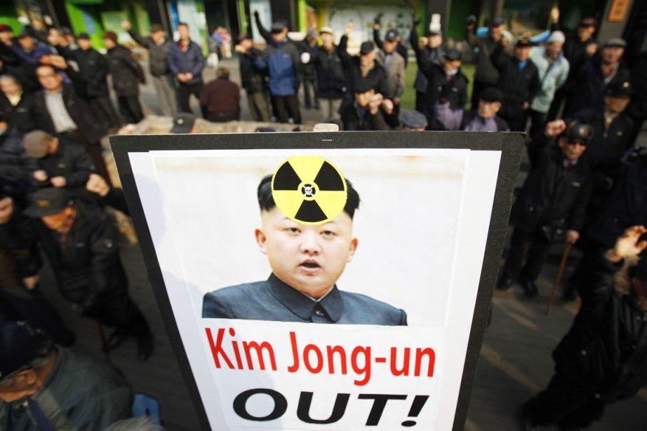 Des militants anti-Pyongyang dénoncent l'intention des autorités nord-coréennes... (PHOTO KIM HONG-JI, REUTERS)