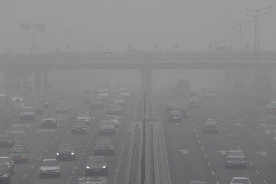 Pékin, capitale de la Chine, est accablée par... (JASON LEE, REUTERS)