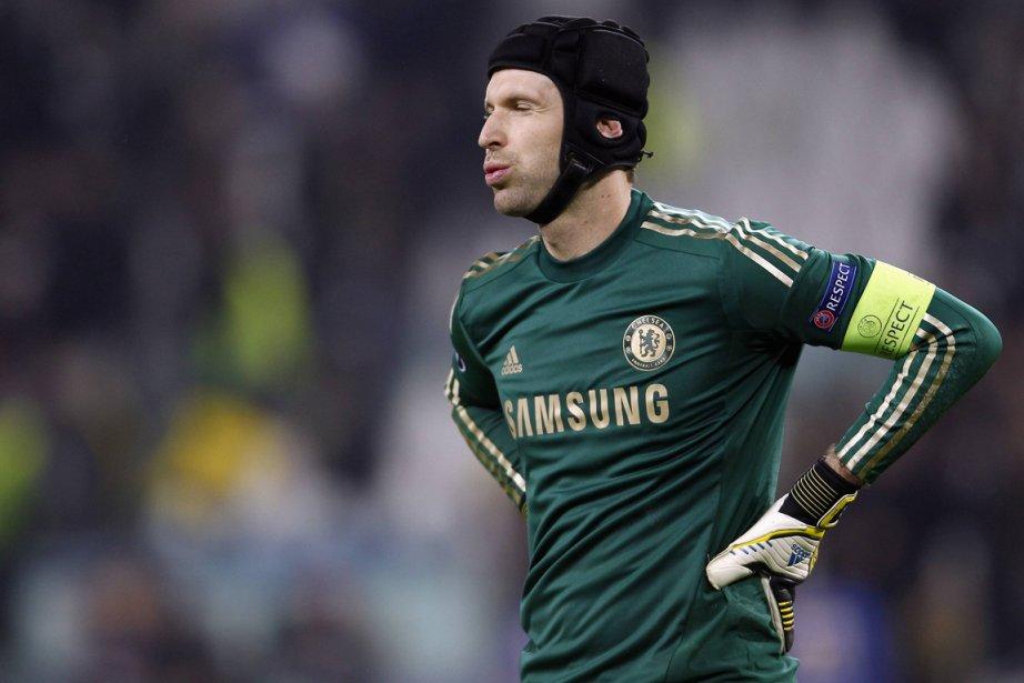 Le gardien de but de Chelsea, Petr Cech.... (Photo Tony Gentile, Reuters)