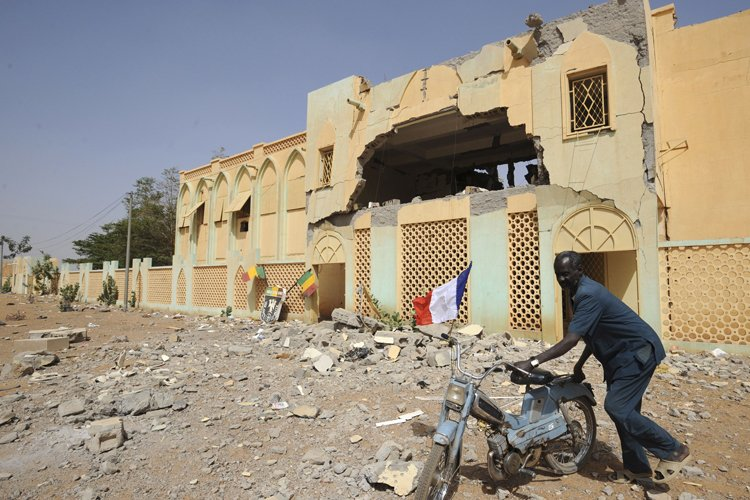 Un bâtiment appartenant à des islamistes à été... (Photo: AFP)
