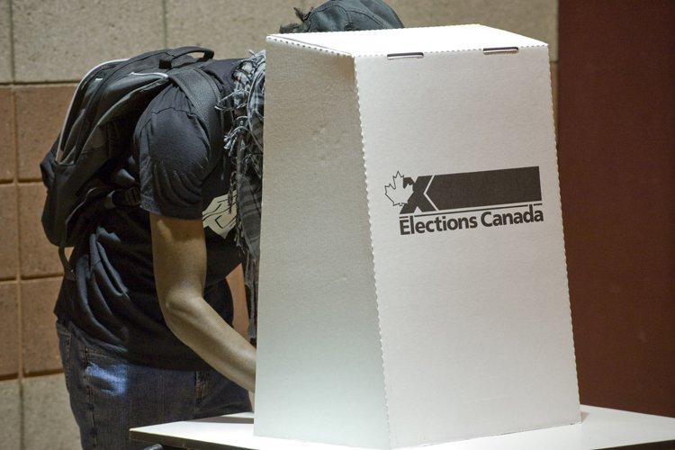 Le Parti conservateur du Canada admet avoir commandé un sondage... (Photo: AFP)