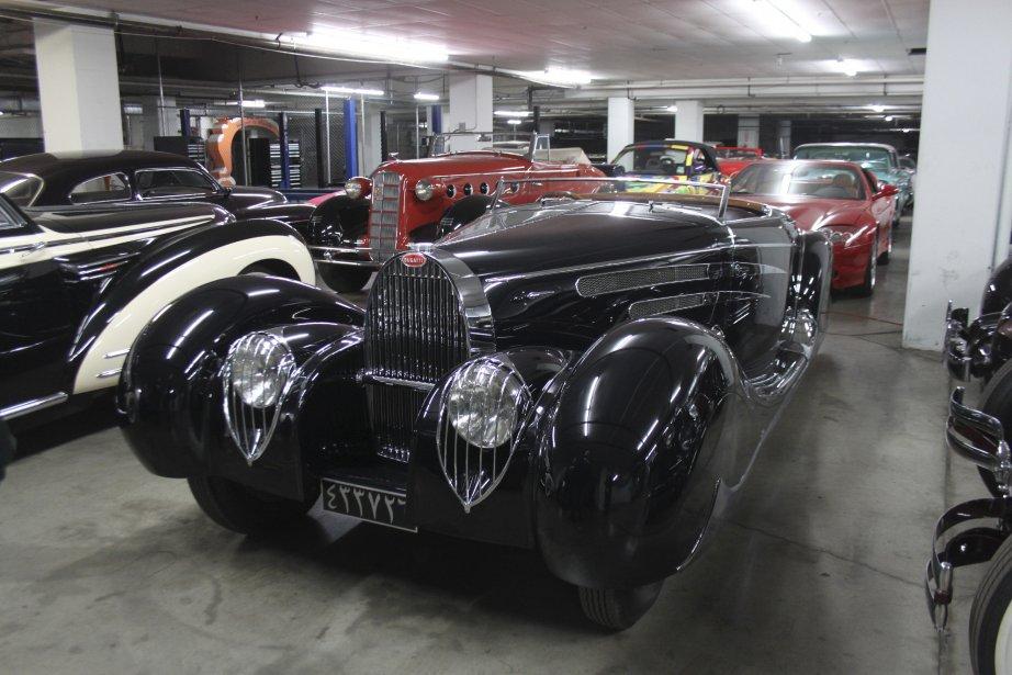Une Bugatti n'attend pas l'autre au musée Petersen de Los Angeles. Celle-ci, caractérisée par ses phares grillagés, est une Type 57 cabriolet datant de 1939. (Photo Jacques Duval, collaboration spéciale)