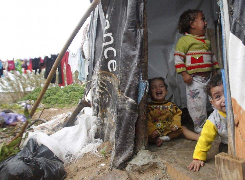 Des enfants syriens dans un camp de réfugiés à Tyr, au sud du Liban. | 6 février 2013
