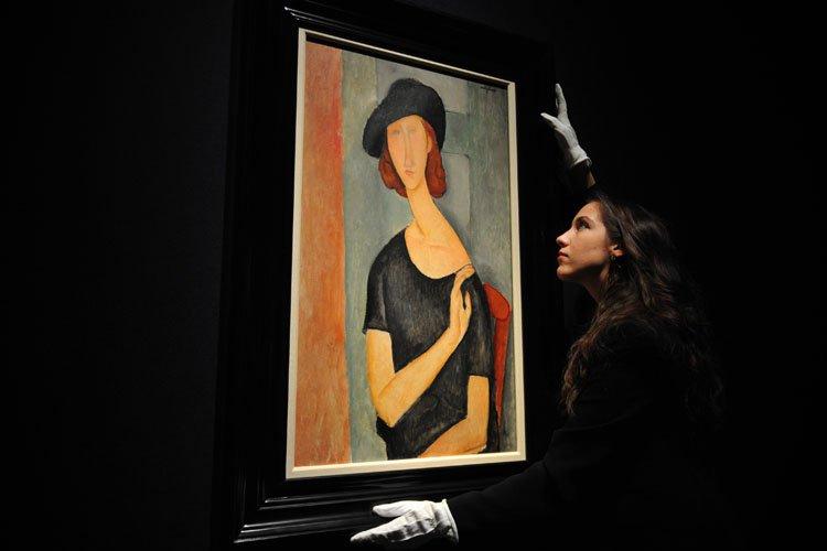 Jeanne Hébuterne (Au chapeau), a été complété en... (Photo: AFP)
