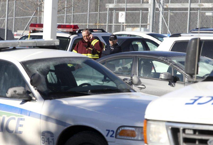 Plusieurs ambulanciers étaient sur place par mesure préventive. | 6 février 2013