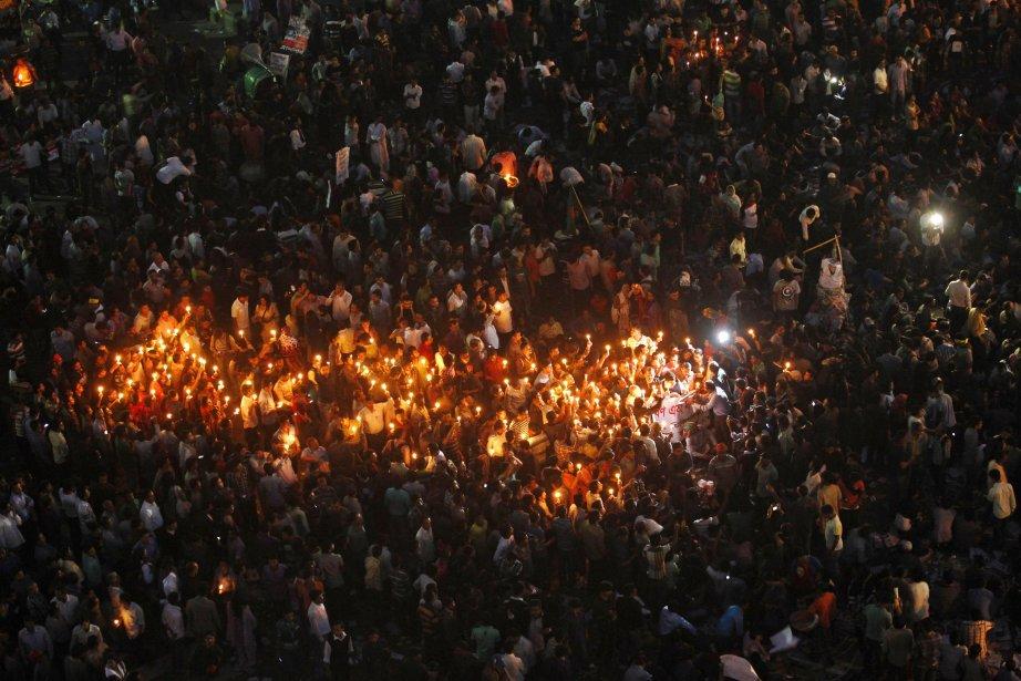 Une manifestation à l'intersection de Shahbagh, à Dhaka, demandant la peine de mort pour le haut dirigeant du Bangladesh Abdul Quader Mollah, après qu'un tribunal l'a condamné à la prison à vie. | 6 février 2013