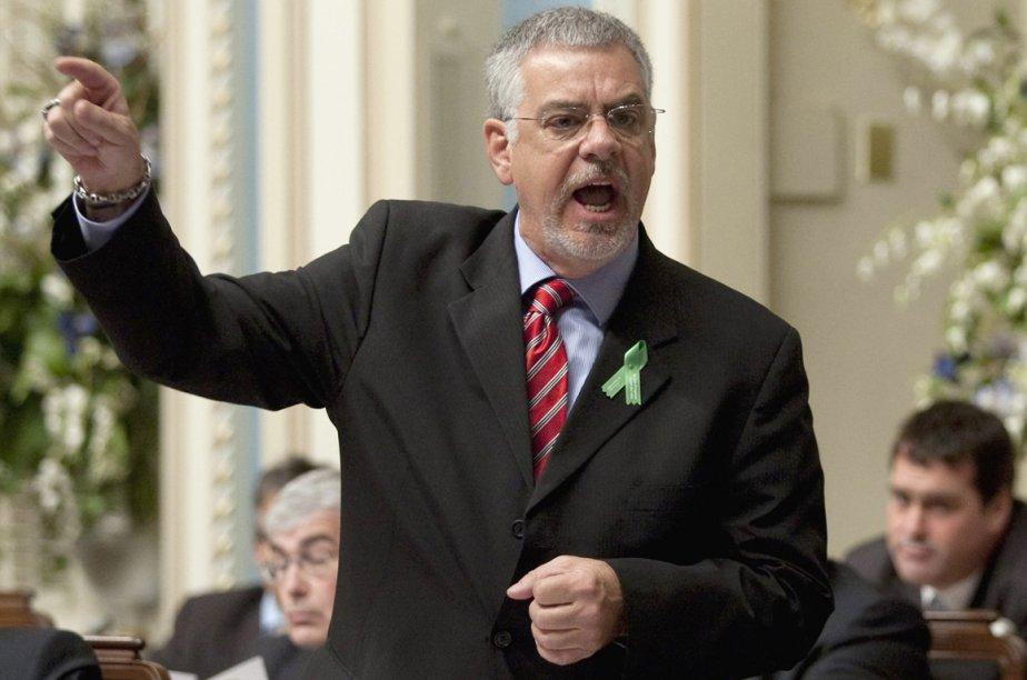 L'ex-ministre de la Sécurité publique Jacques Dupuis.... (Photo archives La Presse Canadienne)