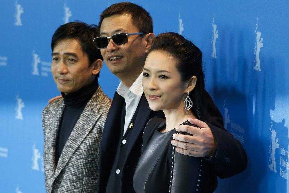 Les acteurs Tony Leung et Zhang Ziyi entourent... (Photo: Reuters)