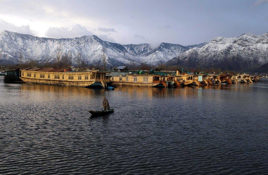 Le lac Dal à Srinagar, au Cachemire. | 8 février 2013