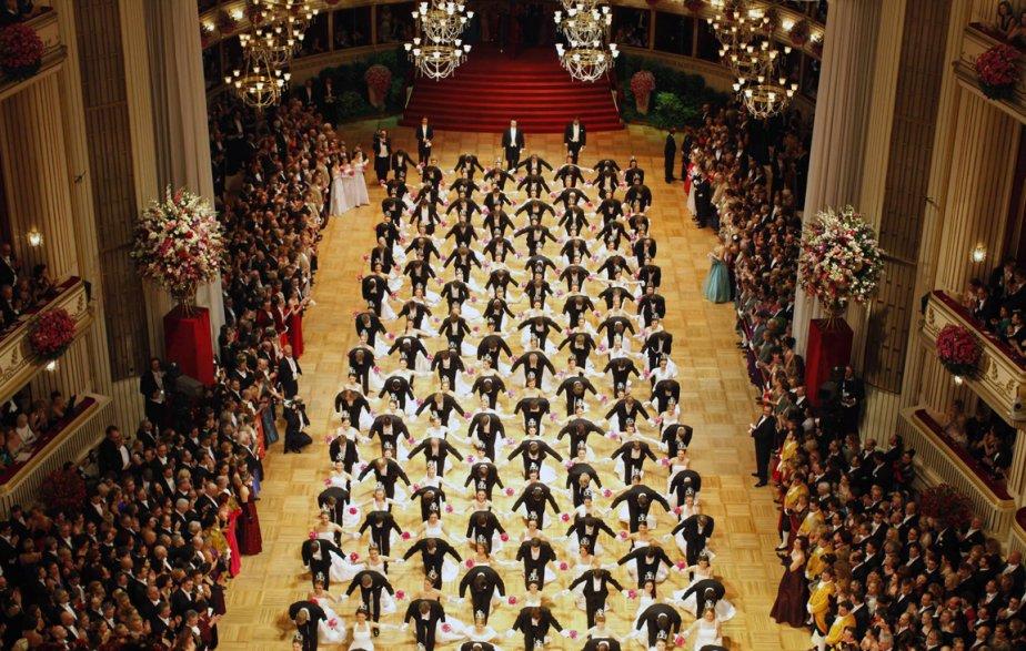 Vue d'ensemble du Bal de l'opéra de Vienne. | 8 février 2013