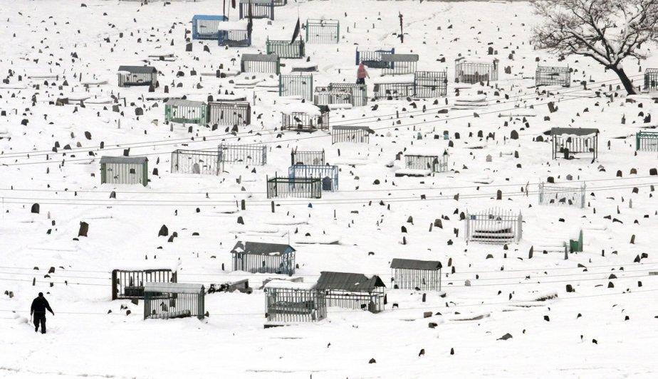 Le cimetière de Karte Sakhri sous la neige | 8 février 2013