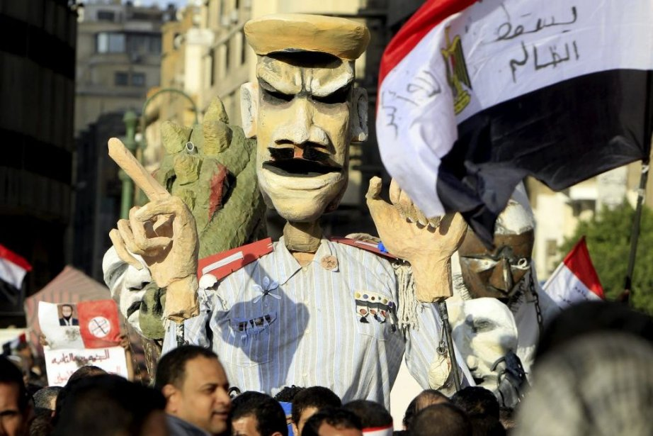 Les opposants au président islamiste Mohamed Morsi ont... (PHOTO MOHAMED ABD EL GHANY, REUTERS)