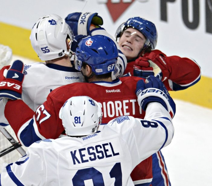 Brendan Gallagher et Max Pacioretty face à Phil Kessel et Korbinian Hotzer (Photo Bernard Brault, La Presse)