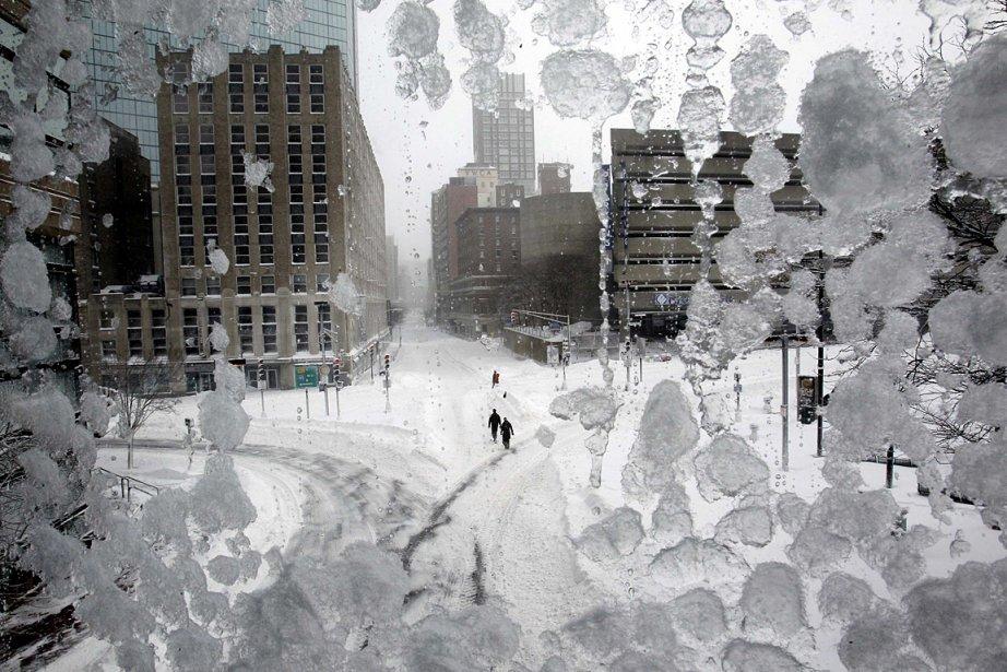 Il est tombé 55 cm de neige à... (Photo: Reuters)