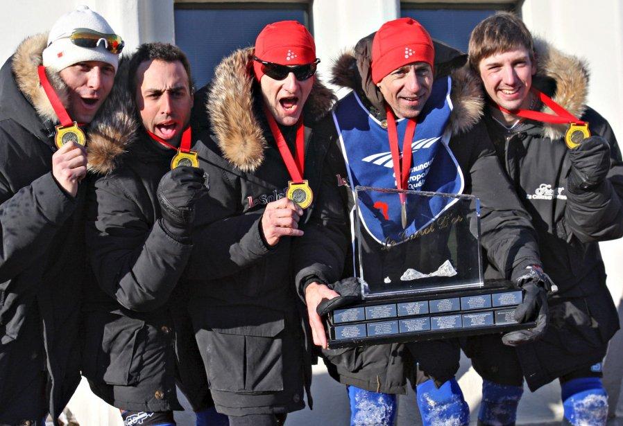 L'équipe de Jean Anderson a gagné sa 23e course de canots à glace du Carnaval de Québec, le 10 février. | 11 février 2013