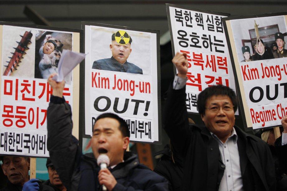 Des militants sud-coréens manifestent, devant l'ambassade américaine à... (PHOTO KIM HONG-JI, REUTERS)